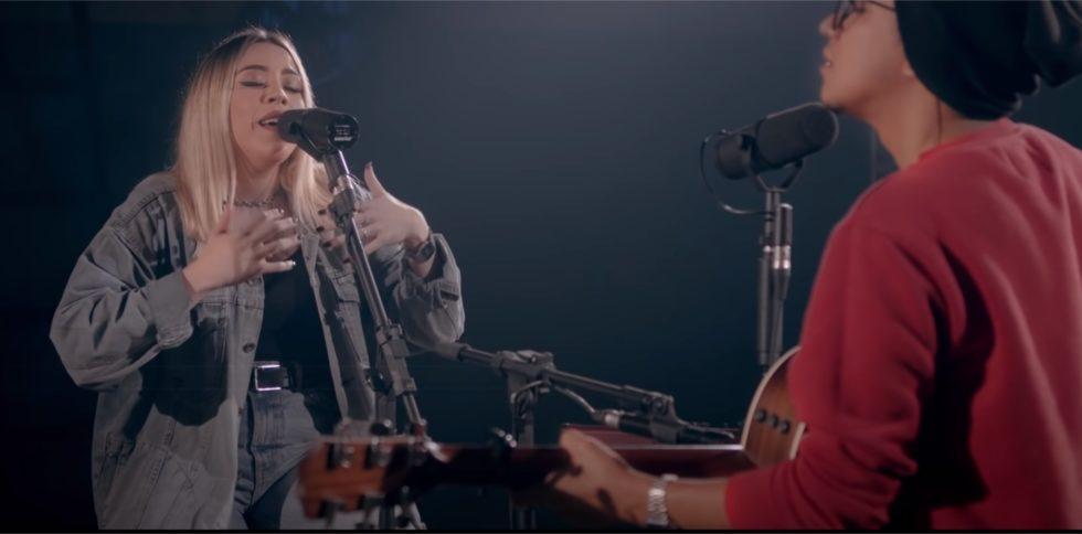 (747) Atraídos Pelo Fogo + Espontâneo Live Acoustic Session Casa Worship - YouTube - Google Chrome